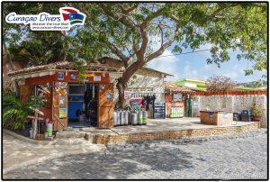 Curacao TauchenTauchshop im SunReef Village on Sea Curacao Divers deutsche Tauchbasis Tauchschule deutsch tauchen reisen schnorchel Urlaub