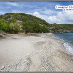 Langer und einsamer Strand in San Juan wird Playa Manzalina genannt und eignet sich wunderbar zum Tauchen in Curacao