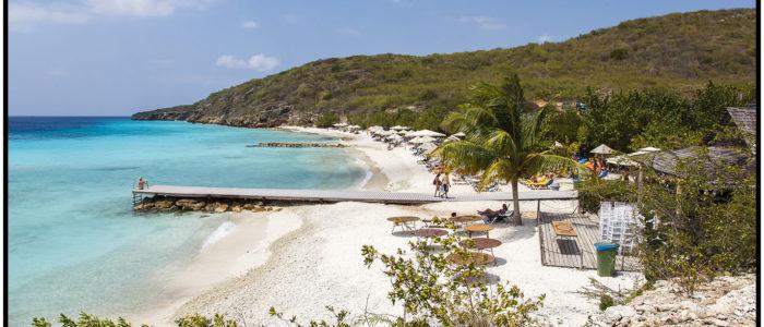 Sand Strand in Curacao zum Tauchen für Anfänger und erfahrene Taucher aus dem Tauchreiseführer Curacao von den Curacao Divers